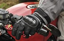 Click here to zero-in on motorcycle gloves that suit you best..plus free shipping